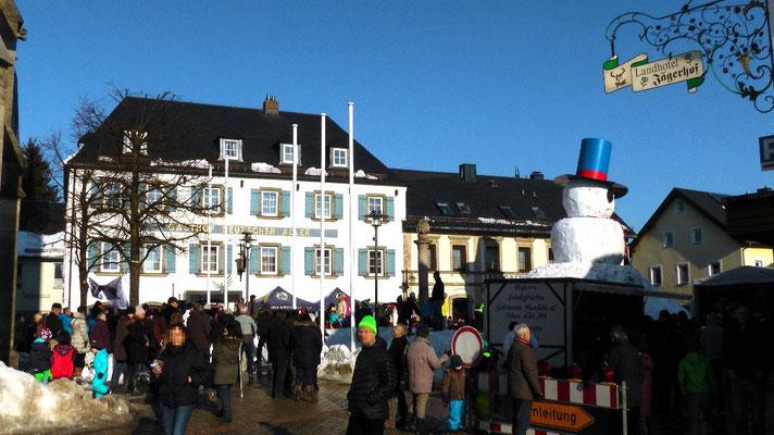 Schneemannfest am Rosenmontag Nachmittagsprogramm ab 15 Uhr