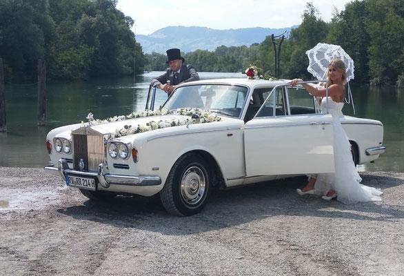 Oldtimer als Brautwagen am Bodensee