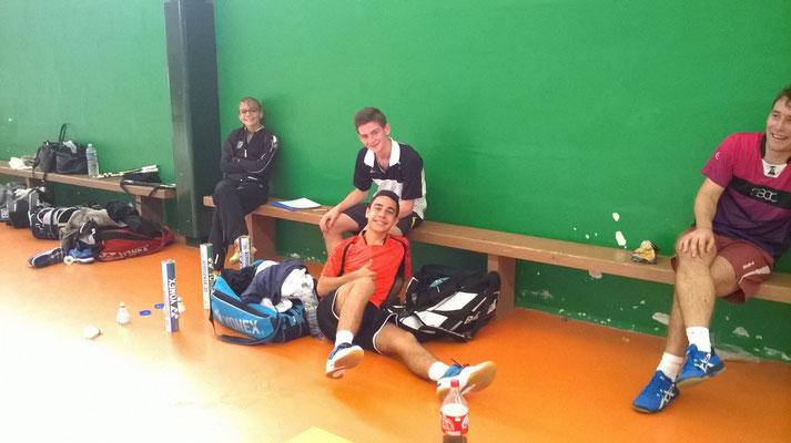 Nathan et Matthieu tout contents après le gain de leurs matchs