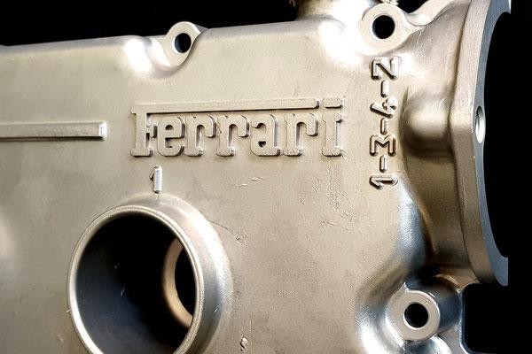 couvre culasse Ferrari