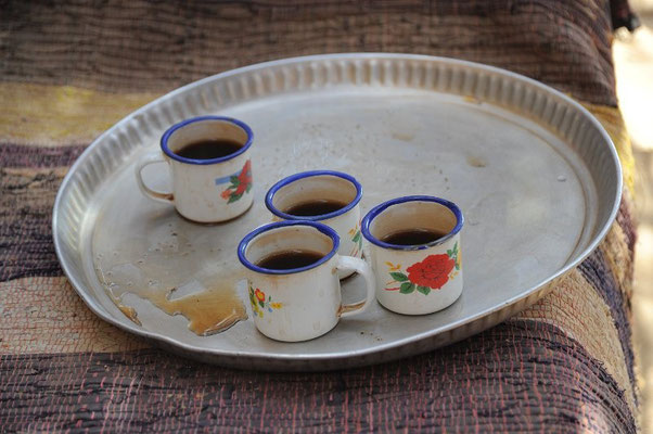 Heißer Tee im Beduinenlager