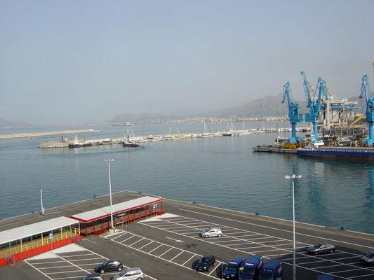 Hafen von Tunis