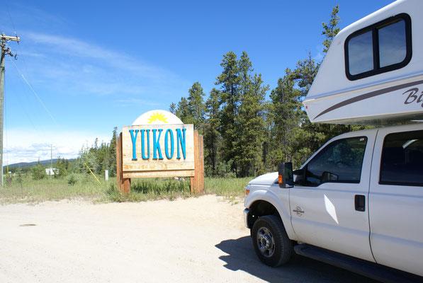 Wir fahren wieder in den Yukon ein.