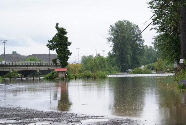 Viele Strassen leiden unter dem Hochwasser in B.C.