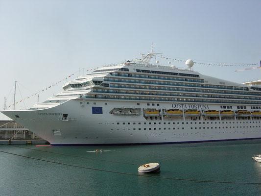 Costa Hafen in Savona Italien