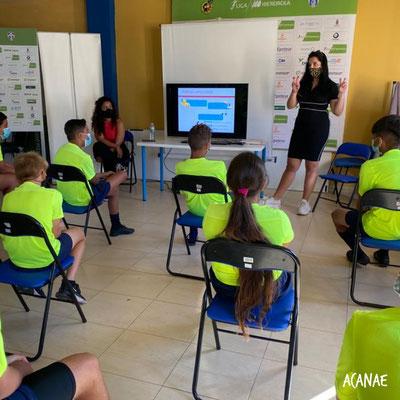 Charla sobre bullying - Fundación Pedro Rodríguez