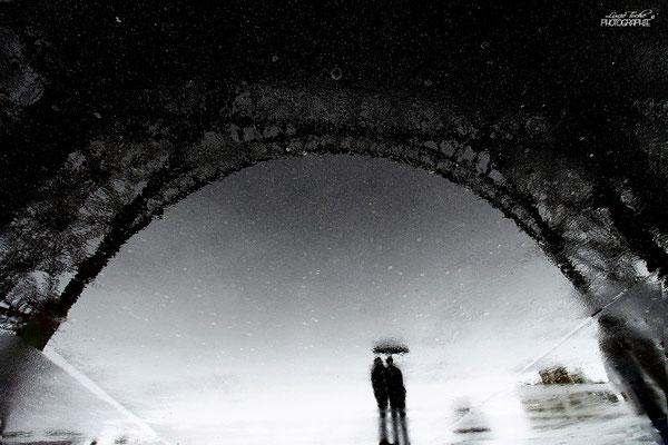 amoureux de Paris sous la pluie...