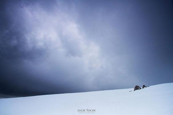 """""""les égarés"""" between Snow & Sky"""