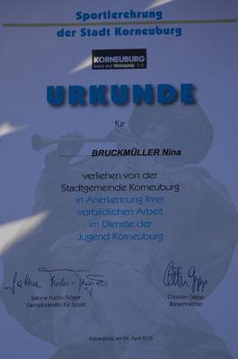 Nina BRUCKMÜLLER sowie ...