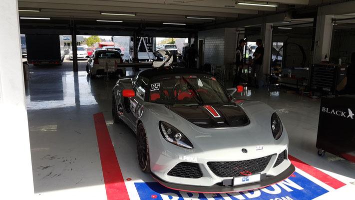 Lotus V6 Cup Suisse Fahrer, 1 zu 1 Training am Hockenheimring