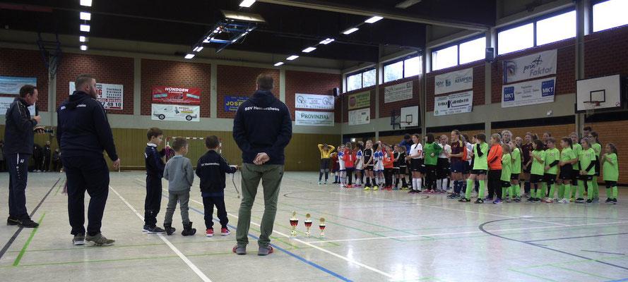 Siegerehrung des Juniorinnen-Turniers (Alle Fotos: SSV Heimerzheim)