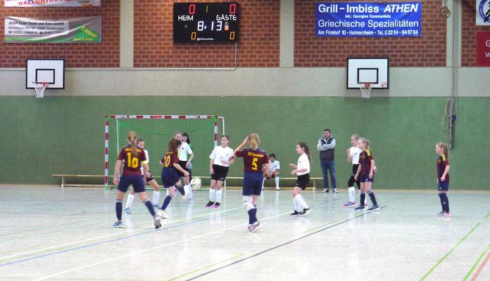 Die Juniorinnen beim Lossmerkicke-Cup in Aktion (alle Fotos: SSV Heimerzheim)