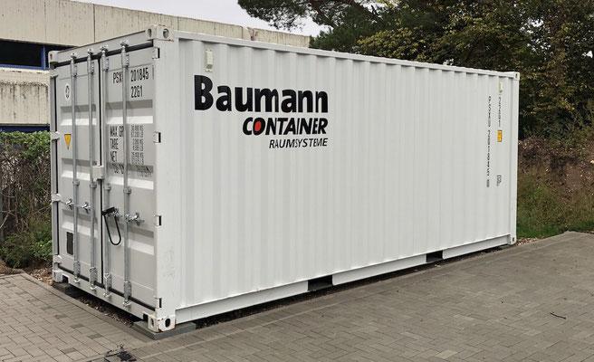Bis der Container auf seinem vorbestimmten Platz austariert platziert war, dauerte es einige Zeit.