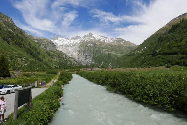 Noch einen Blick auf das Tal mit flüchtendem Gletscher