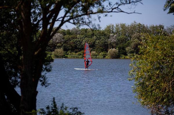 camping landes avec lac pour pratiquer planche a voile