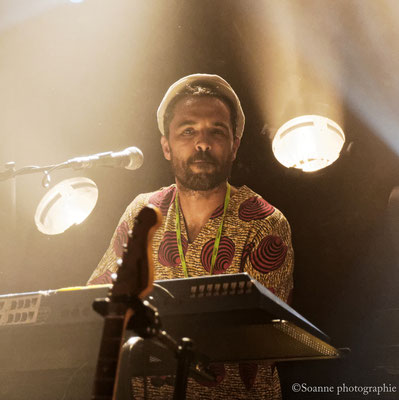 Roberto Sanchez - reggae