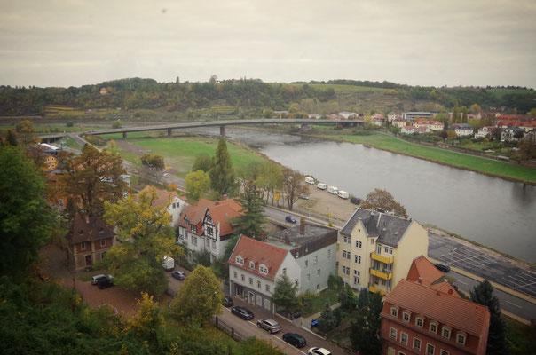 Blick vom Schloss auf die Elbe und Meißen