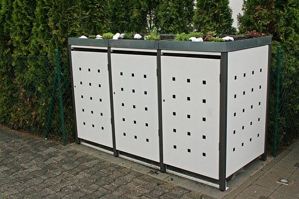 """3er Mülltonnenbox mit Pflanzdach - Stanzmuster """"ST 3/5"""" Farbvar. 2: Pfosten: RAL 7016 / Bleche: RAL 9010"""