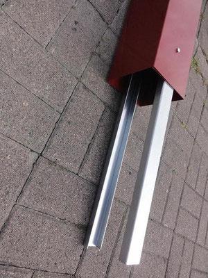 Stele - U-Schiene, sofern die Stele einbetoniert werden soll