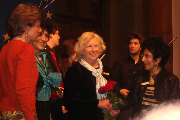 Nicoline v. Moreau (v.l.), Maria Iacono-Schwarz, Heidi v. Zeynek, Gülin Tunali