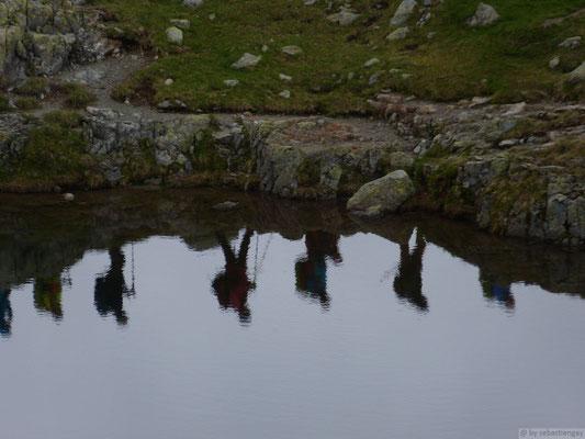 Randonneurs au lac de Chésery