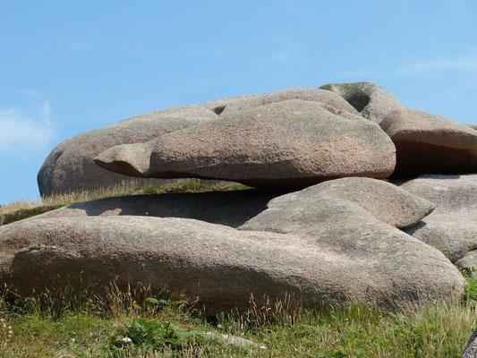 Les fameux rochers en équilibre de Perros-Guirec