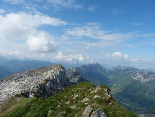 Vu depuis le sommet (Au fond le Lachat de Thônes