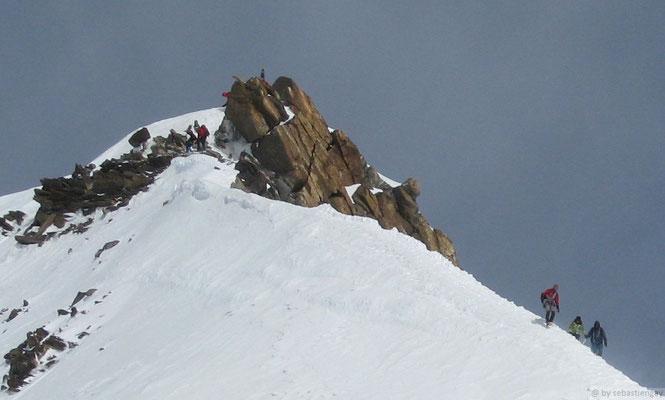 Dernière crête avant le sommet Zumstein