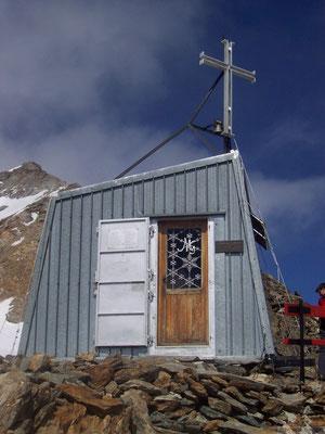 Chapelle à côté du refuge Gnifetti