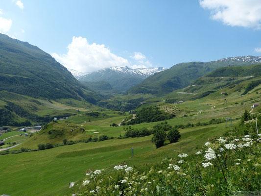 Depuis Realp vu sur le vallon de Furka (Suisse)