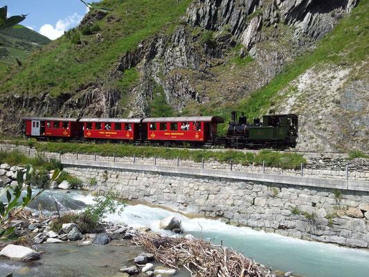 Le train qui reli Realp à Oberwald