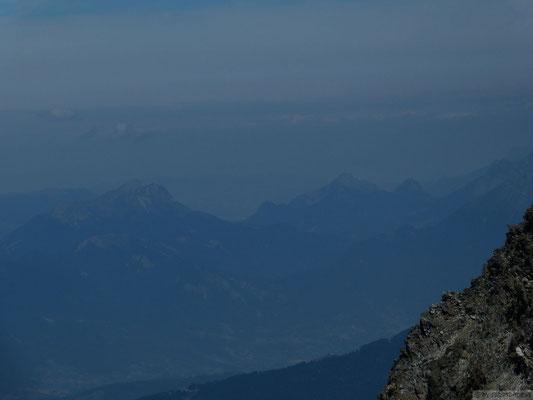 Vue sur les Bauges et le lac d'Annecy ! depuis le sommet du rocher Blanc