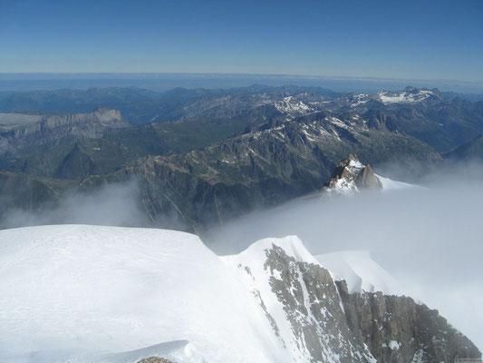 Vu sur l'aiguille du midi depuis le sommet du Tacul