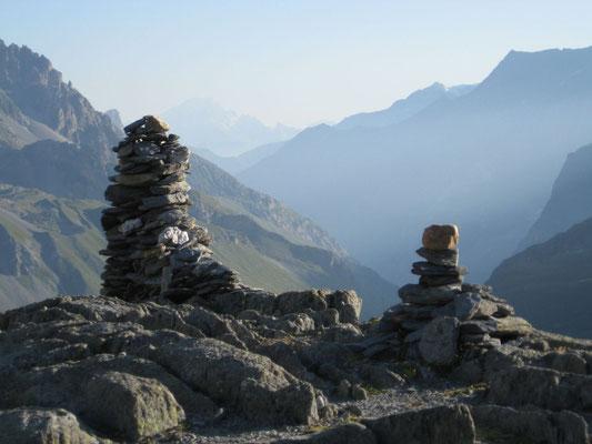 au dessus du refuge de Peclet-Polset, n montant au Col de Chavière (2796m)  (Vannoise, sur le GR5)