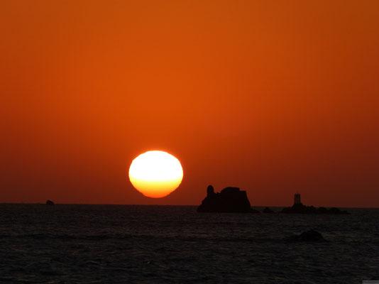 Coucher de soleil sur la pointe de Roscoff fin avril