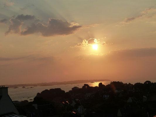 Lever de soleil à Ploubazlanec