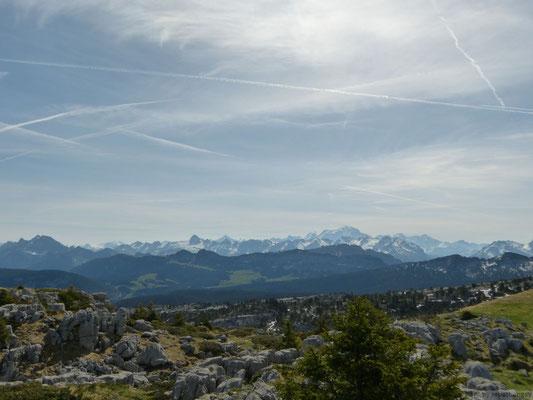 Vu sur le Mt Blanc depuis le sommet du Parmelan