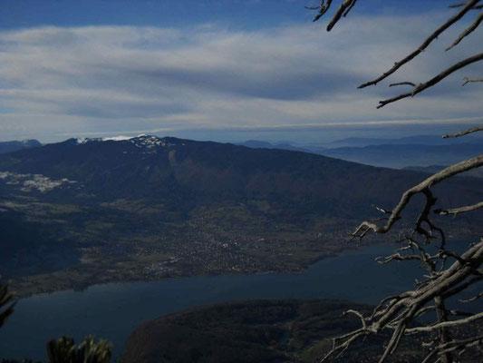 Le lac depuis les dents de Lanfon