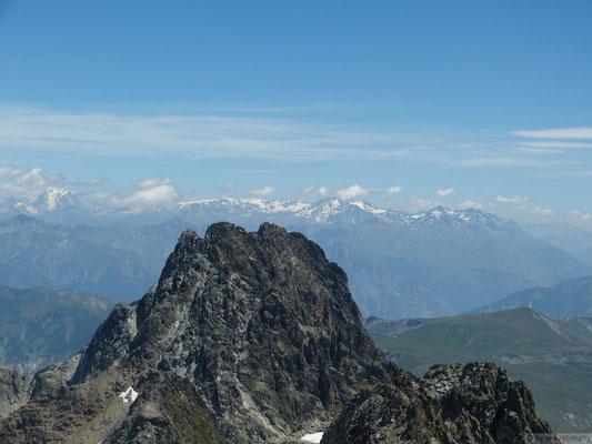 Vue sur la Vanoise depuis le sommet du rocher Blanc