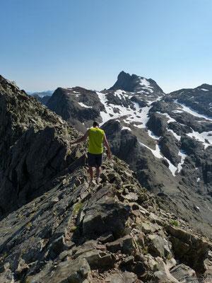 petite arrête entre le sommet et l'antécime du grand Doménon