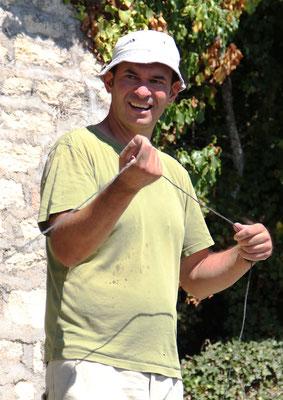 Stéphane (Luberon Patrimoine) a la manoeuvre