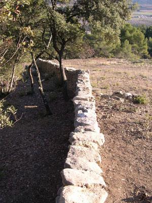 On comprend mieux sur cette vue de la fonction de clôture entre les différents niveaux de sol