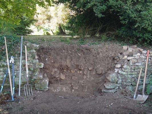 La brèche doit être ouverte en V pour assurer une bonne liaison entre les nouvelles et anciennes maçonneries