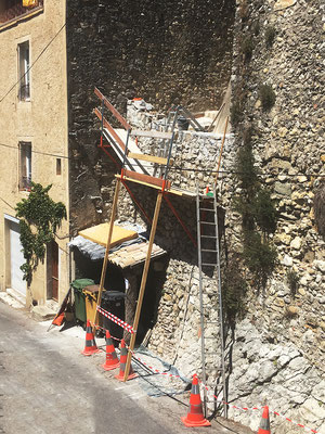 l'échafaudage  de la Section 1 est spécialement étudié pour intervenir avec confort et sécurité sur la nouvelle maçonnerie