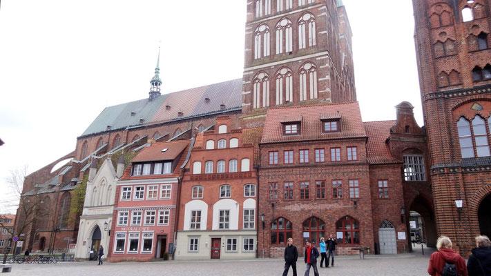 Alter Markt mit St. Nikolai