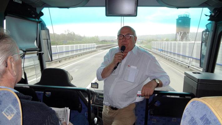 K.-H. Warnholz erklärt die Reise