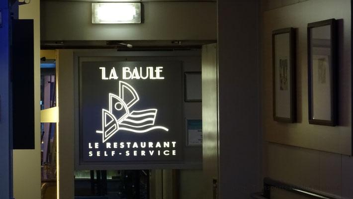 Écriteau à l'entrée du self service La Baule