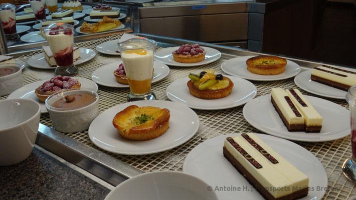 Desserts servis au self-service