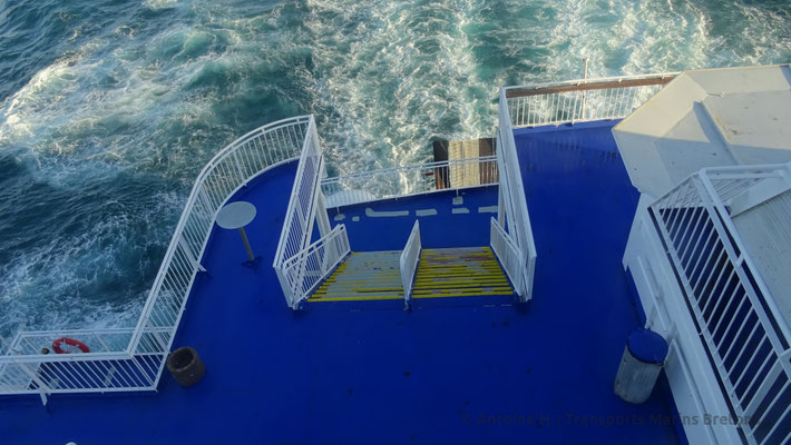 Sillage de King Seaways. Photo Antoine H.