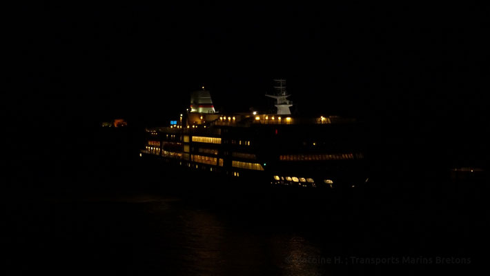 Pont-Aven de nuit. Photo Antoine H.